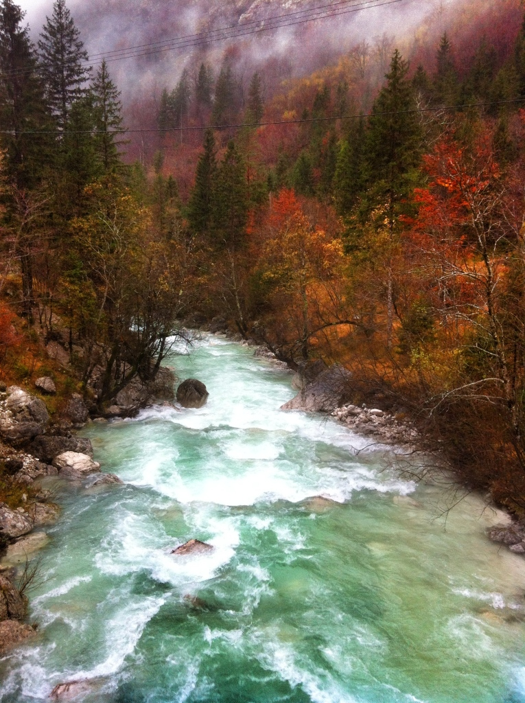 Autumn colours around the Soca River